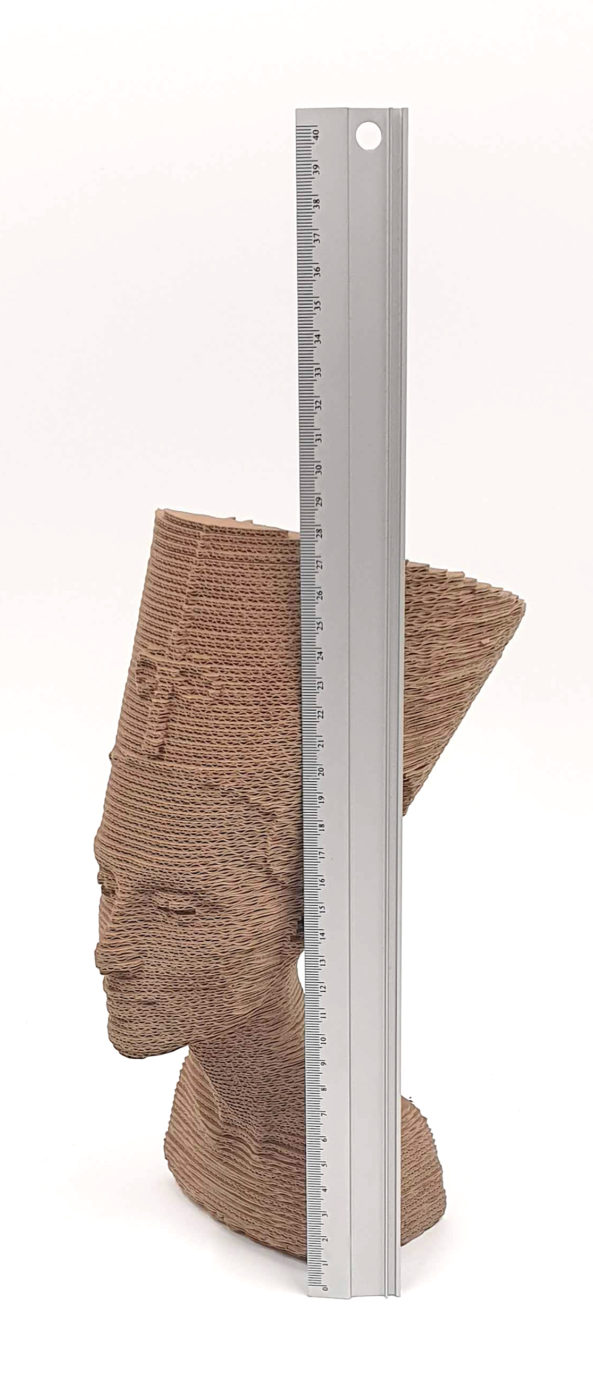 Nefertiti cartón 3D
